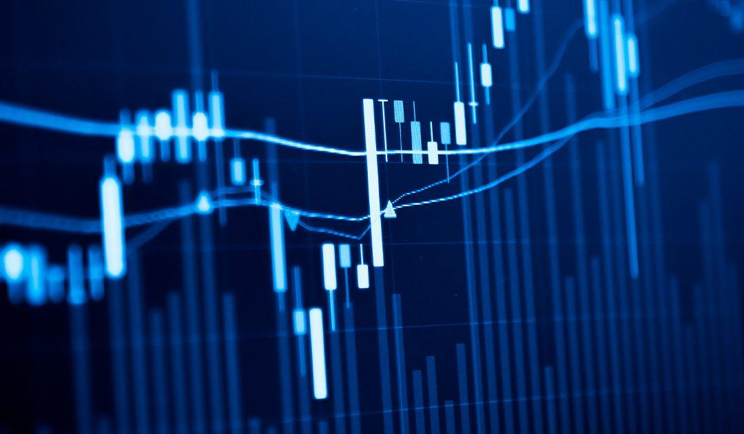 Taxa de Juros, taxa de câmbio e Investimentos. Como navegar neste momento incerto.